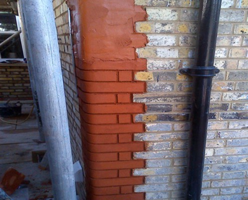 Pointed refaced bricks bull nose cornering